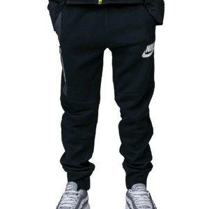 Nike Boys' M Black Tech Fleece Jogger Sweatpants